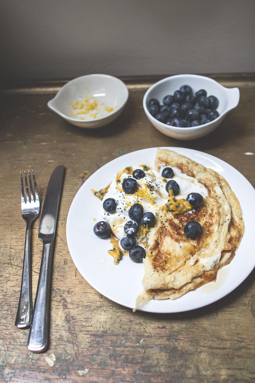 Lemon and poppyseed omelettte recipe